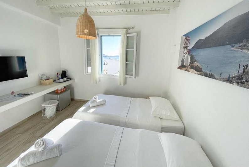 Double or Twin Room with city view - Sunshine - Νο.4